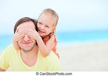 spiaggia, figlia, padre