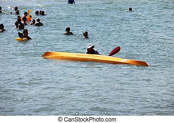 spiaggia, kayak
