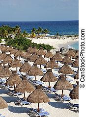 spiaggia, ombrelli