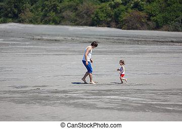 spiaggia, suo, figlia, padre