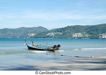 spiaggia tropicale, barca