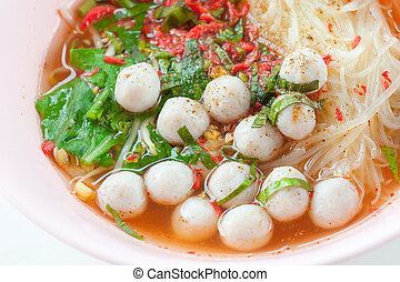 Spicy noodle with fish ball