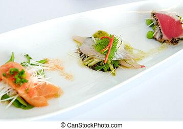 Spicy three fish salad, salmon, tuna, Longtail tuna