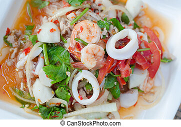 Spicy vermicelli salad