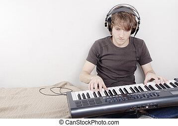 spiel, auf, a, midi-keyboard
