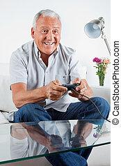 spiel, mann, video, älter, spielende