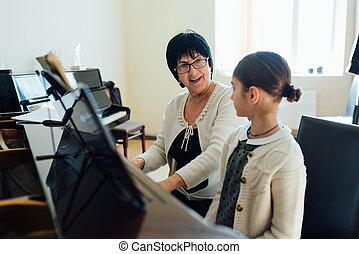 spielen, gleefully, wie, musik, klavier, erklärt, lehrer