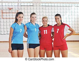 spielen von volleyball, mädels, innen, spiel