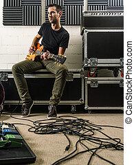 spielende gitarre, in, der, probe, studio