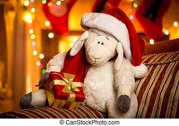 spielzeug, schafe, mit, geschenkschachtel, an, dekoriert, für, weihnachten, wohnzimmer