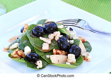 Spinach and Gorgonzola Salad