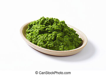 Spinach puree - Plate of homemade spinach puree