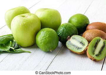 spinazie, kiwi., houten, appel, ingredienten, voedsel., achtergrond., detox., groene, vruchten, kalk, witte , smoothie., gezonde