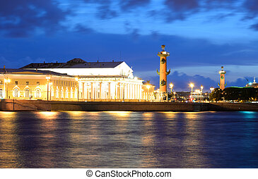 Spit of Vasilyevsky Island at night. - View of the Spit of ...