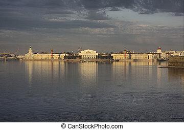 Spit (Strelka) of Vasilevsky Island from the Troitskiy bridge