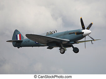 spitfire mk prxix - spitfire,bbmf taking off raf waddington