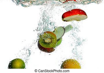 splash water with freshnes fruits