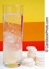 Splashing tablets to water