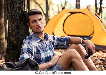 spoczynek, namiot, las, człowiek