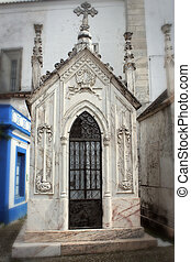 Spooky family crypt in Portugal