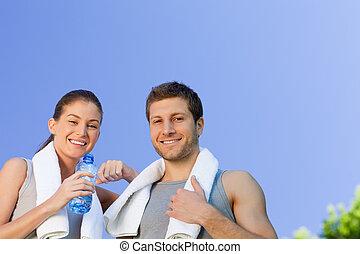 sportief, paar, vrolijke