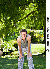 sportszerű, jelentékeny, ember, a parkban