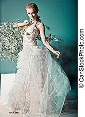 sposa abito sposa, dietro, cespuglio, con, fiori