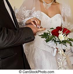 sposa, groom's, closeup, dito, mettere, anello