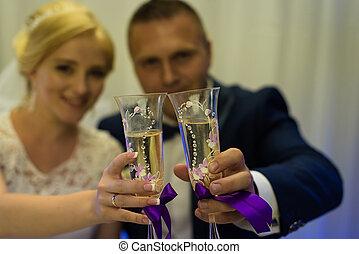sposa, sposo,  champagne, presa a terra, occhiali