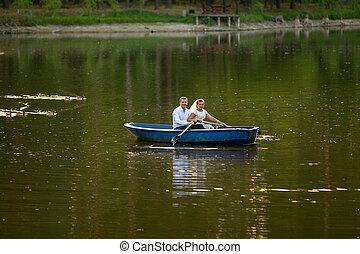 sposo, giovane, lago, sposa, sentiero per cavalcate, barca