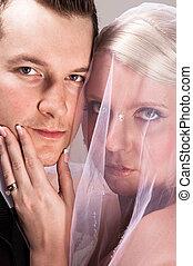 sposo, giovane, sposa, mento, presa a terra, velo