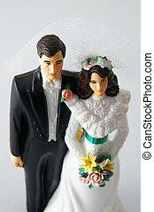 sposo, sposa, figure, torta nuziale, bianco