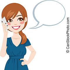 sprechende , frau, smartphone, gebrauchend