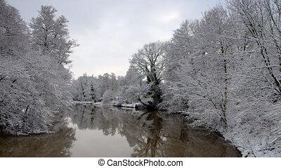 spremberg, 유흥 강, 겨울