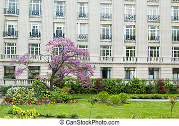 Spring In Paris, Garden