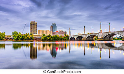 Springfield, Massachusetts, USA downtown skyline.