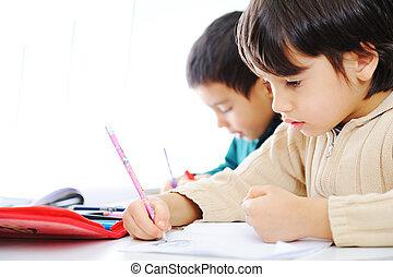 sprytny, szkoła, pracujący, ich, dwa, razem, chłopcy, praca domowa