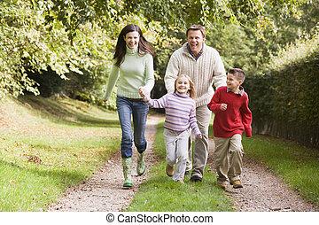 spur, rennender , waldland, entlang, familie