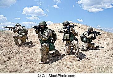 squad, handling