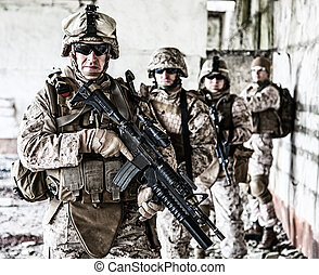 Squad of marines - Squad of US marines in ruined building