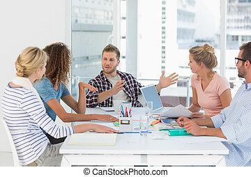 squadra, detenere, riunione, insieme, disegno, giovane
