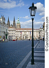 Square in front of Royal Castle in Prague, Czech Republic -...