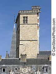 Squared tower, the tour carr? of Philip the Good ( 1460), ...