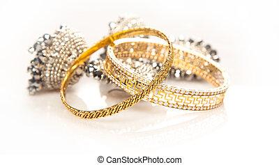 srebro, złota biżuteria