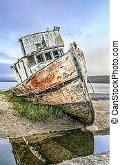 SS Point Reyes Shipwreck