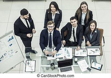 stående, av, framgångsrik, affärsverksamhet lag, nära, den, workplace, in, kontoren