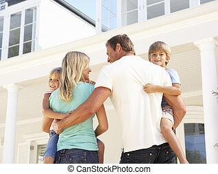 stående, familj, ung, utanför, hem, dröm