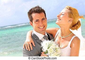 stående, glad, par, gift, strand