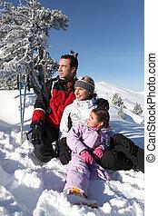 stående, helgdag, tillsammans, familj, skidåkning