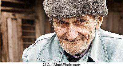 stående, le, gammal man